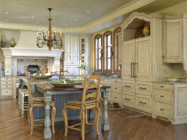 Old World Style Kitchens Photos