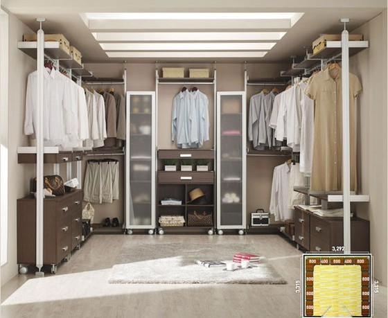 Tips to organize walk in closet for How to organize your walk in closet