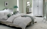 <b>Tips To Decorate Room With Silver Color</b>