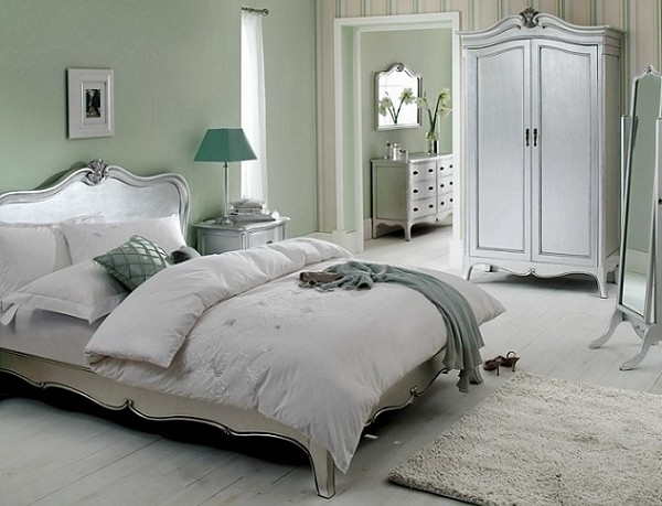 Tips To Decorate Room With Silver Color
