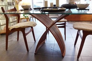 7 Benefits Of Installing Small Glass Tables