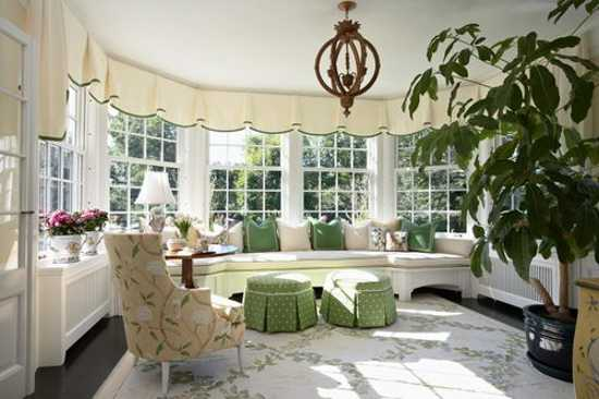 living room bay window decorating ideas