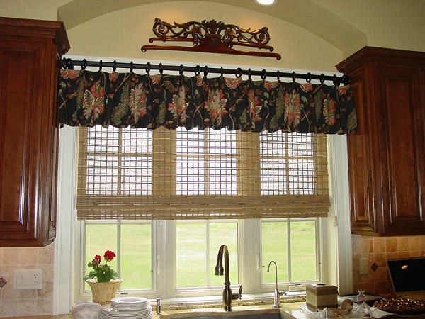 Tips To Decorate Kitchen Bay Window Homedecomastery