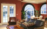 <b>Tips To Choose The Right Family Room Colors</b>