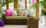 <b>Tips To Make Pretty And Bright Modern Garden Rooms</b>
