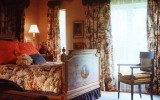<b>Tips To Create Interior Design Classic With Vintage Theme</b>