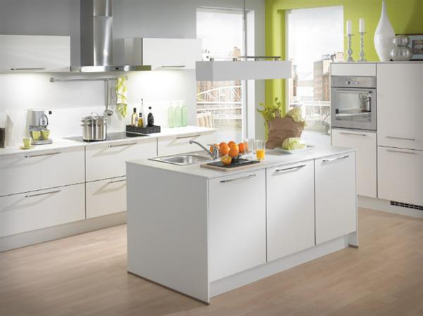 Tips To Apply White Color On Small Kitchen Homedecomastery