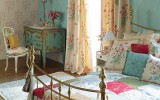 <b>Tips To Create Vintage Room</b>