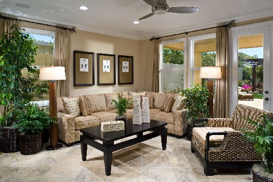 Family Room Decor Ideas tips to decorate small family room