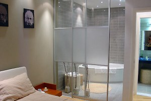 Small Modern Bathroom Designs