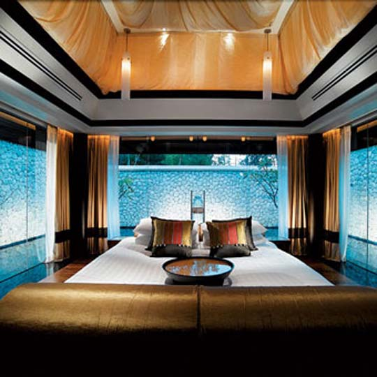 Amazing Bedrooms with Water Pic
