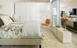 <b>Setting Simple Romantic Bedroom Ideas for Her</b>