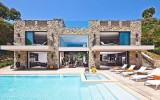 <b>Some Tips of Exculive Luxury Beach Houses</b>