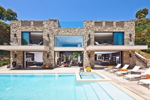 Exclusive Luxury Beach Houses