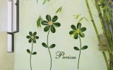 <b>Choosing the Best Flower Wallpaper for Girls' Room</b>