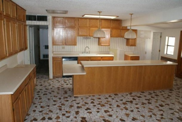 Kitchen Flooring Tiles