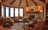 <b>Traditional Living Room Decorating Ideas</b>