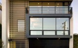 <b>Big Happiness in Minimalist Design House</b>