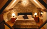 <b>Sleep be Sound at Small Attic Bedroom</b>