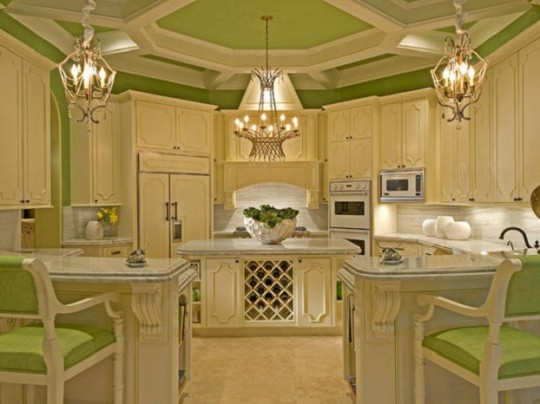 Feel free in a small kitchen with small kitchen color ideas - Small kitchen paint ideas ...