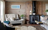 <b>Beach House Interior Furniture, Door, and Wall Ideas</b>