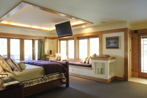 Big Master Room Designs For Maximal Rest And Comfort