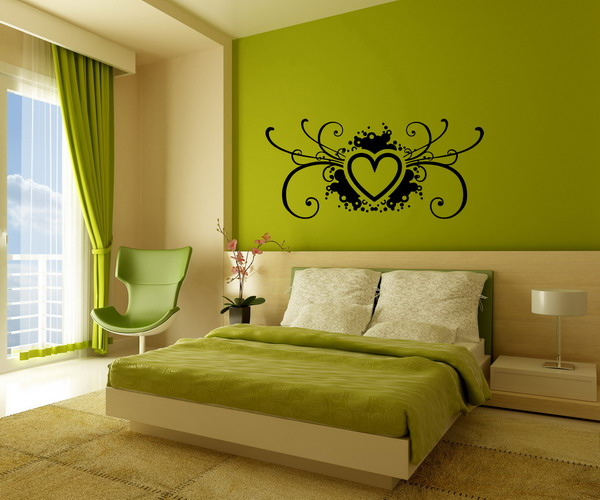 Master Bedrooms with Green Walls Pic