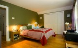 <b>Sage Green Bedroom Walls Decoration Ideas</b>