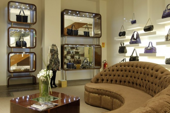 Boutiques Interior Designs Ideas to Attract Customers
