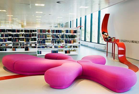Modern Furniture Libraries to Attract Your Kids